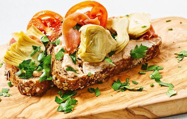 kulinarische-stadtfuehrung-nuernberg-antipasti