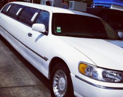 limousine-weiss-front