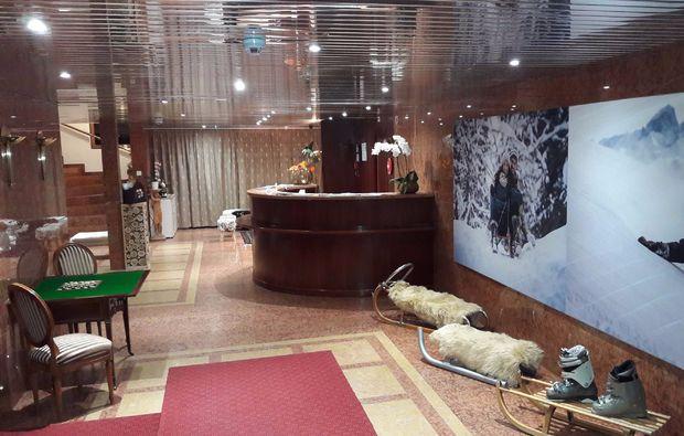 romantikwochenende-flims-lobby