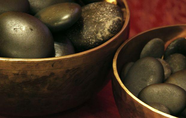 hot-stone-massage-roesrath-hot-stone