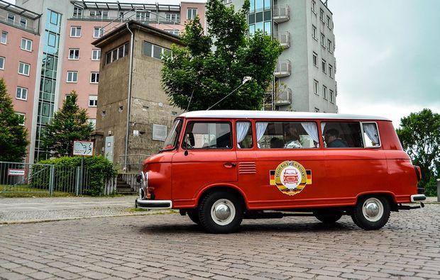 aussergewoehnliche-stadtrundfahrt-berlin-ddr-oldtimer