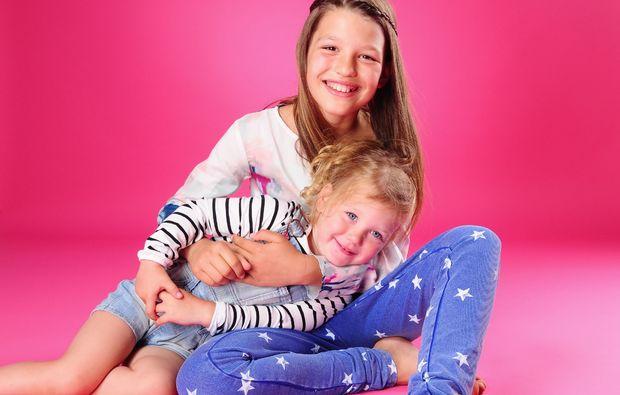 familien-fotoshooting-koblenz-schwestern