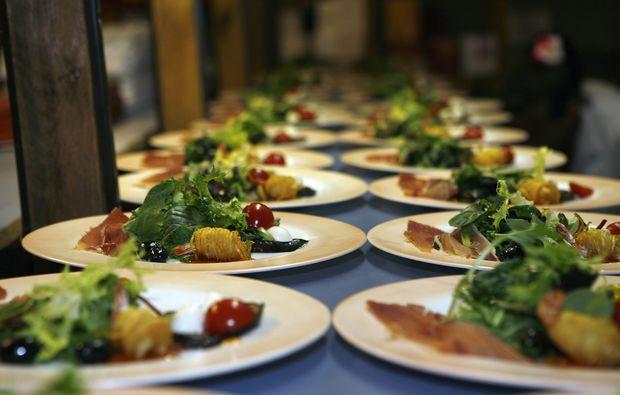 comedy-dinner-neuendettelsau-essen