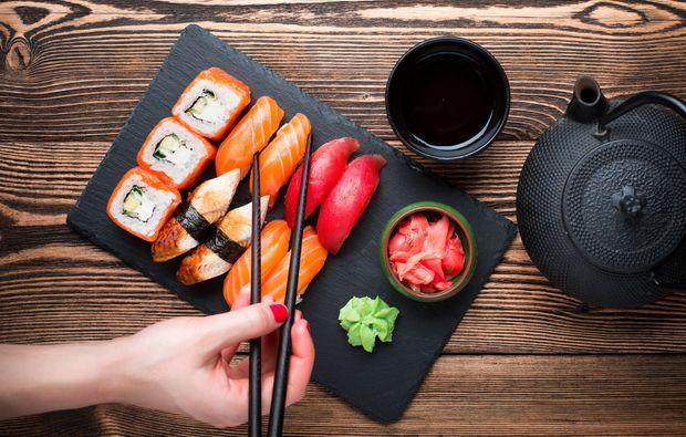 sushi kochkurs f r zwei in leipzig als geschenk f r feinschmecker mydays. Black Bedroom Furniture Sets. Home Design Ideas