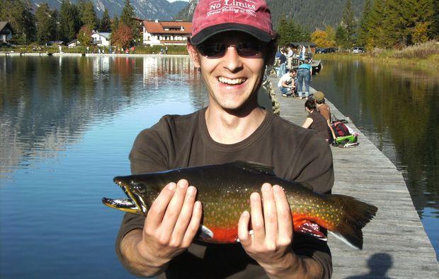 fliegenfischen-leutasch-glueckliche-killer