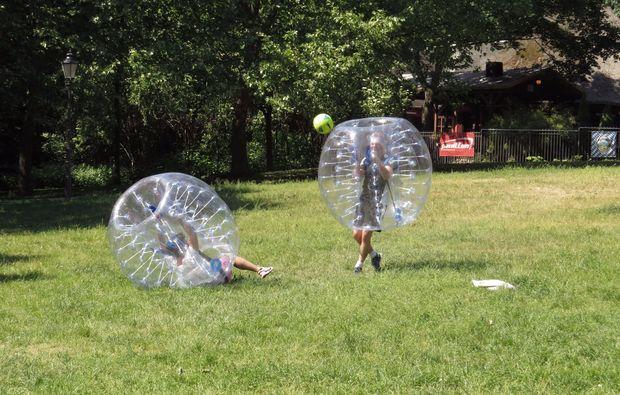 bubble-football-berlin-spielen