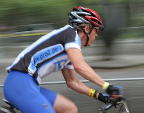 Fotokurs-Überlänge - Landschaftspark-Nord / 24-Std-Mountainbike-Rennen - Duisburg Landschaftspark-Nord & 24-Std-Mountainbike-Rennen, ca. 10 Stunden