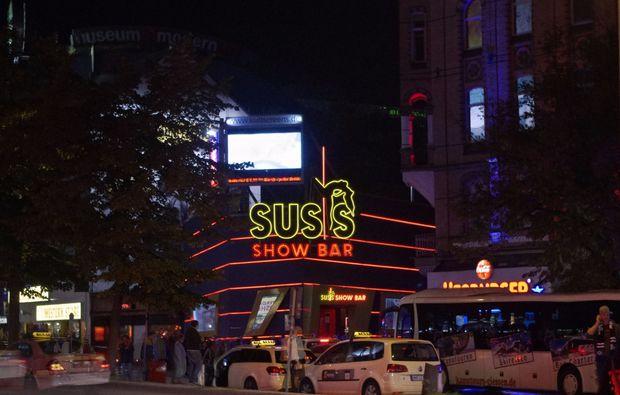 aussergewoehnliche-stadtfuehrung-hamburg-taxen