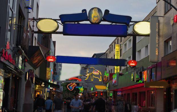aussergewoehnliche-stadtfuehrung-hamburg-wochenende