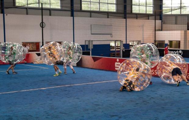 bubble-football-kaiserslautern-action