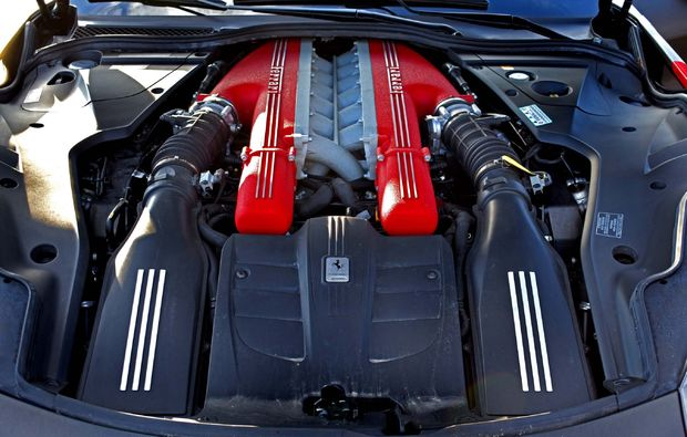 supersportwagen-fahren-jueterbog-motor