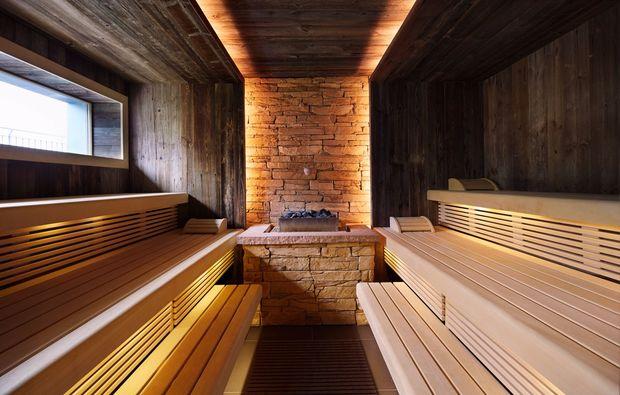 wellnesstag-fuer-zwei-bad-lippspringe-sauna
