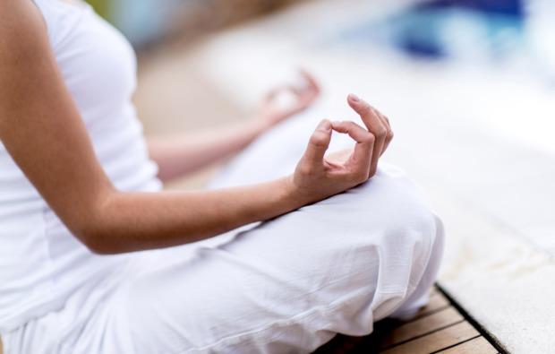yoga-online-bg1