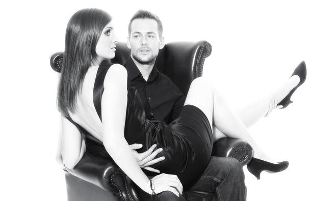 partner-fotoshooting-stuttgart-sessel