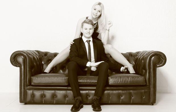 partner-fotoshooting-stuttgart-sofa
