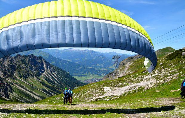 gleitschirm-tandemflug-adrenalinflug-oberstdorf-start