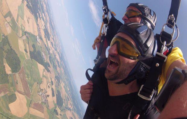 fallschirm-tandemsprung-arnbruck-action