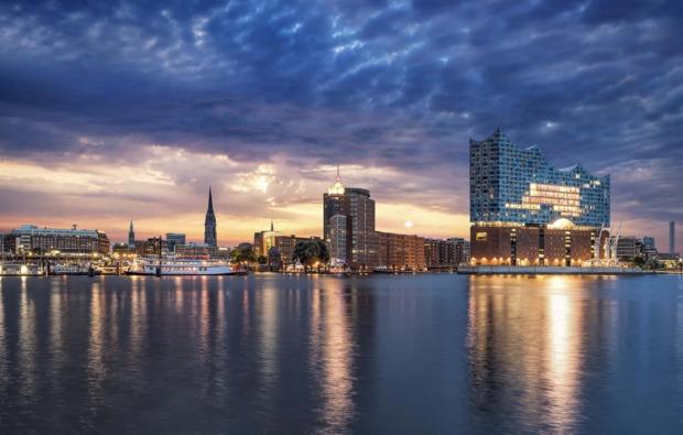 erlebnisreise-hamburg-elbphilharmonie-panorama