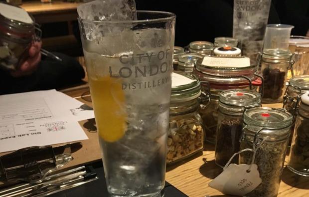 schnapsbrennen-hamburg-gin