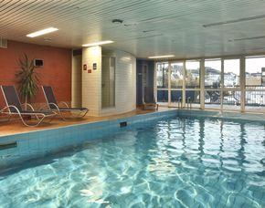 Kuschelwochenende - 1 ÜN H+ Hotel Siegen – 3-Gänge-Menü