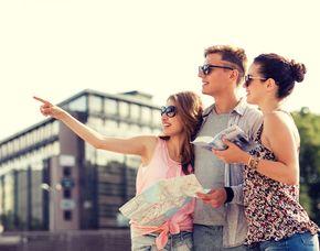 Stadtführungen Stadtrundfahrten Sightseeing und Bustouren in der Nähe finden und Tickets buchen!