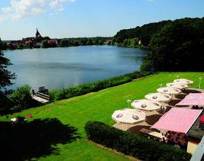 Kurzurlaub inkl. 120 Euro Leistungsgutschein - Seehotel Schwanenhof - Mölln am Schulsee Seehotel Schwanenhof