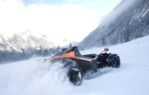 snow-bike-fahren