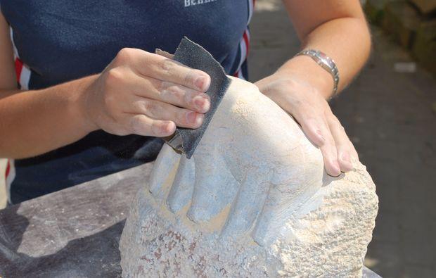 klassischer-bildhauer-workshop-heidelberg-stein