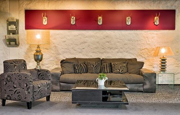 romantikwochenende-bad-duerrheim-lounge