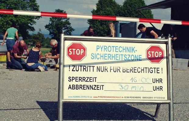 pyrotechnik-workshop-peissenberg-warning