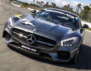 Renntaxi - AMG GT-S - 4 Runden Mercedes AMG GT-S - 4 Runden - Driving Center Groß Dölln