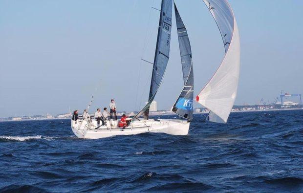segelkurs-yachtschein-rostock-warnemuende
