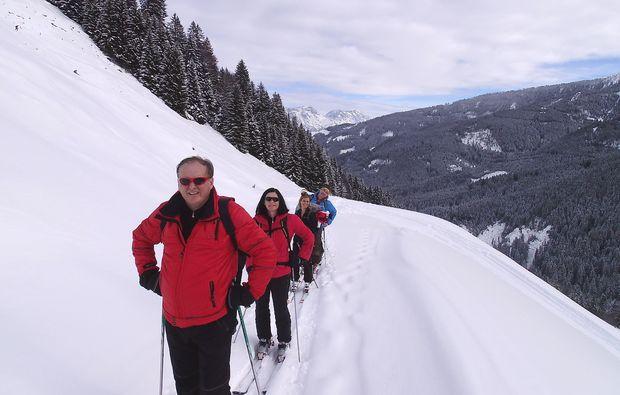 schneeschuh-wanderung-leogang-bergaussicht