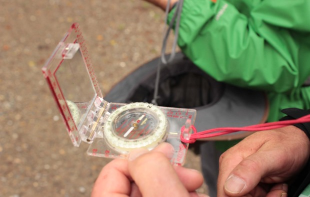 survival-training-intensivkurs-warthausen-kompass