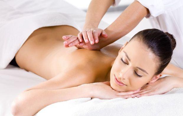 ganzkoerpermassage-paderborn-massage