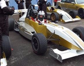 Taxifahrt im Formel Renault - 4 Runden - Sachsenring Taxifahrt im Formel Renault -Sachsenring - 4 Runden