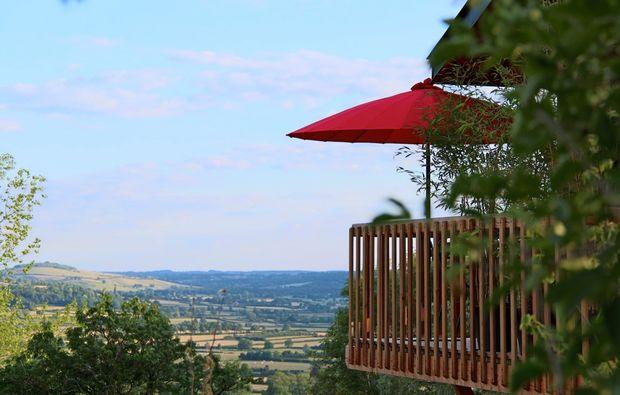 aussergewoehnlich-uebernachten-jouey-panorama