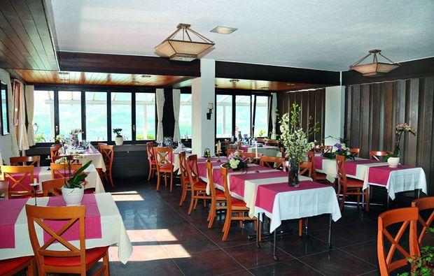 romantikwochenende-aeschlen-ob-gunten-dinner