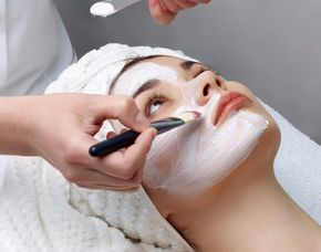 Gesichtsbehandlung - Ehingen Gesichtsmassage