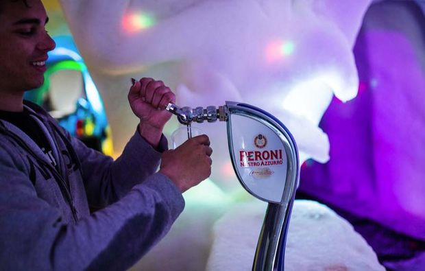 romantik-iglu-les-arcs-bar