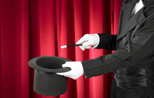 magischer-nachmittag-zaubershowworkshop-in-stuttgart-bg1