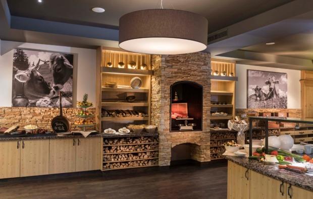 wellnesshotel-waidring-buffet