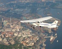 Flugzeug-Rundflug über Hamburg Heist 35-40 Minuten
