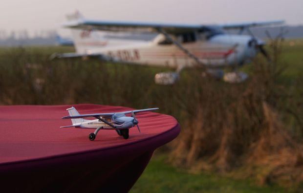 rundflug-heist-flugzeug