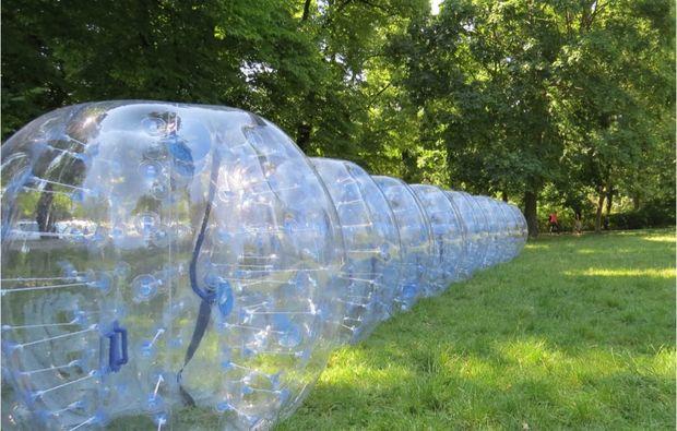 bubble-football-bremen-frankfurt-am-main-halle-magdeburg-nuernberg-rostock-wolfsburg-bubbles