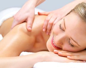 Wellness für Frauen - Babenhausen - Cleopatrabad Rückenmassage, Gesichtsbehandlung, Nutzung Wellnessbereich