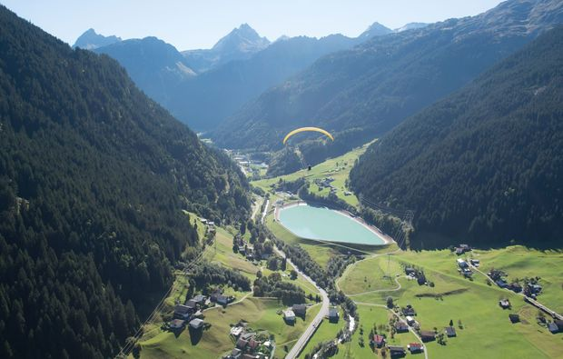 gleitschirm-tandemflug-st-gallenkirch-see