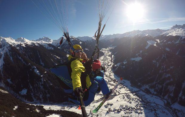 gleitschirm-tandemflug-st-gallenkirch-winter