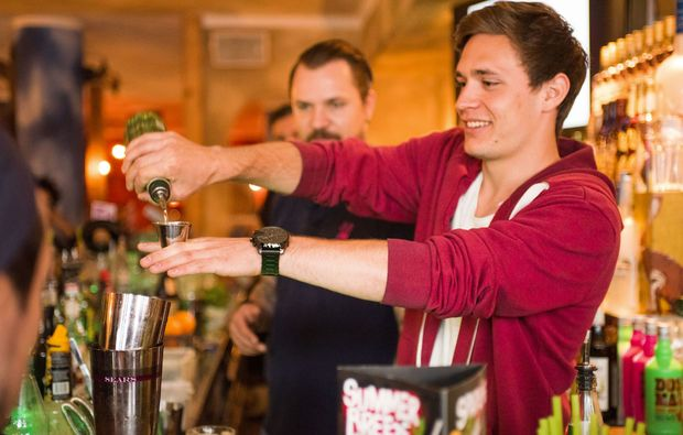cocktail-kurs-hamburg-mixen