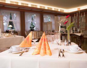Kuschelwochenende - 5 Gänge Dinner Hotel Englischer Hof - 5-Gänge-Candle-Light-Dinner